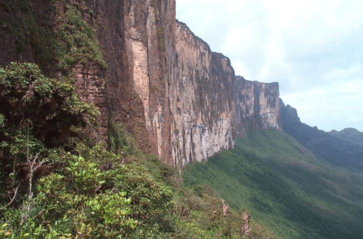 Guiana Highlands, 2 BYO
