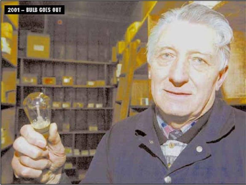Martin & Newby Light Bulb