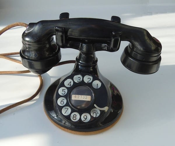 Desk Top Cradle Telephone
