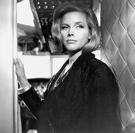 honor blackman - photo #6
