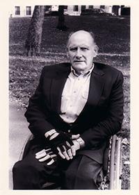 Leonard Kriegel