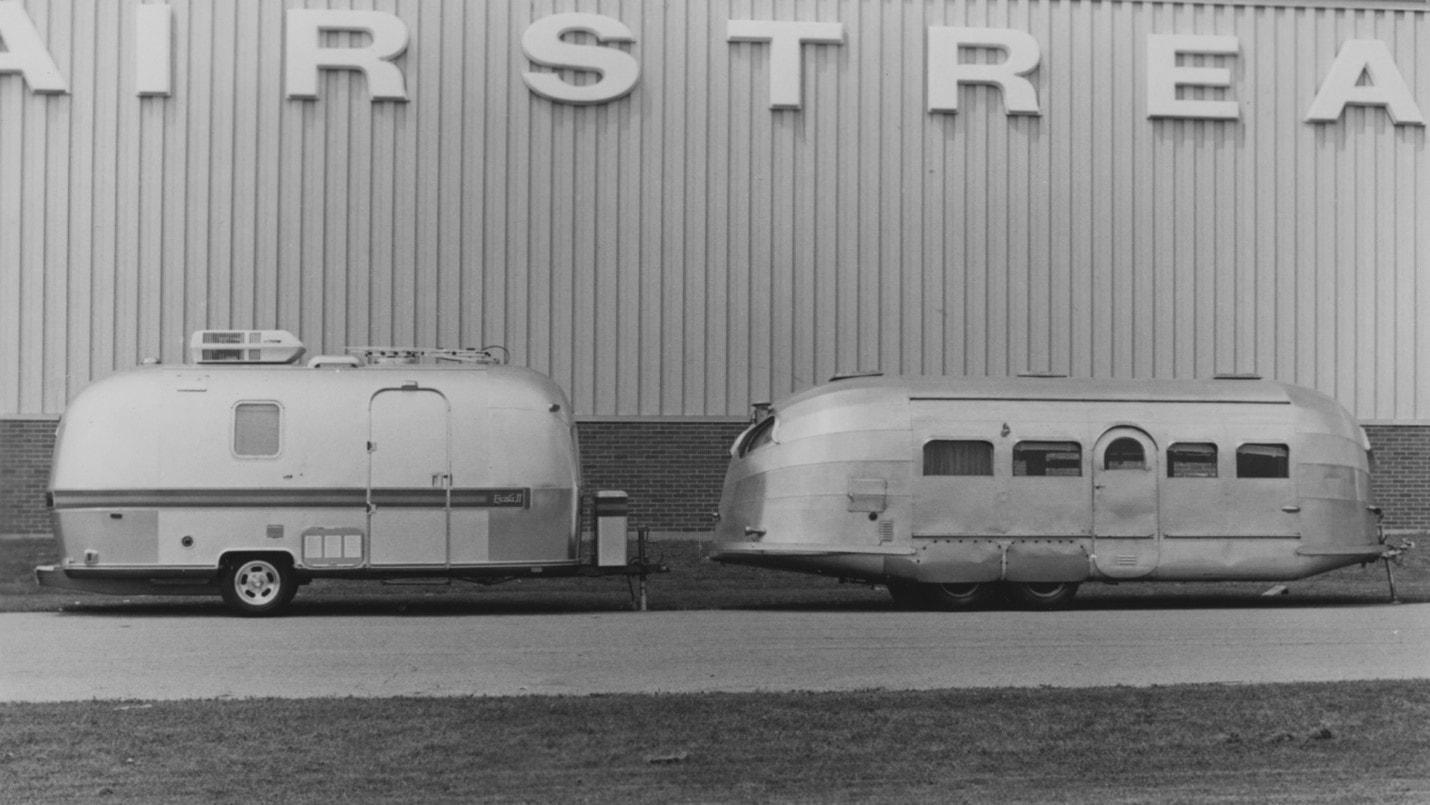 Trailer Coaches