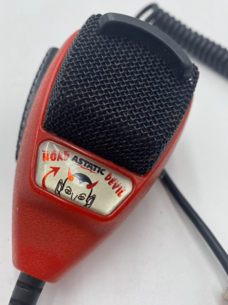 Awesome CB Radio Astatic Red Devil - 4 pin microphone