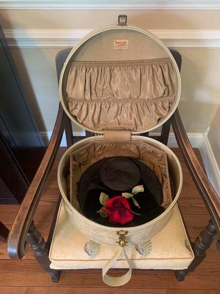 Samsonite Round Suitcase