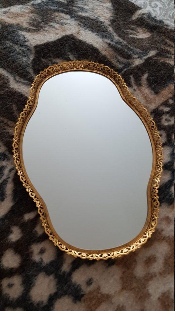 Gold-plated Filigree Vanity