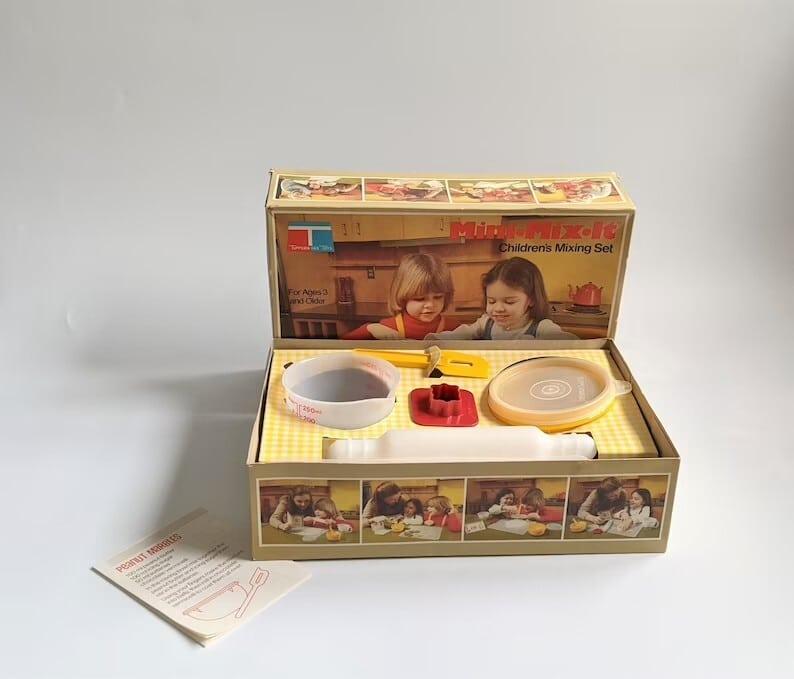 Tupperware Mini Mix It Children Mixing Set Vintage Toy