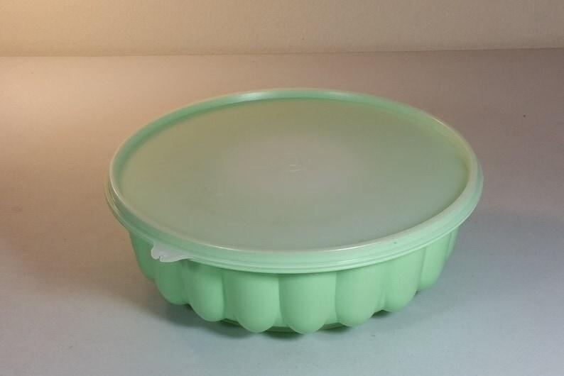 Vintage 1970's Tupperware Mint Green Jello Mold