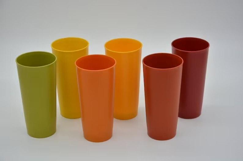 Vintage Set of 6 Tupperware Tumblers