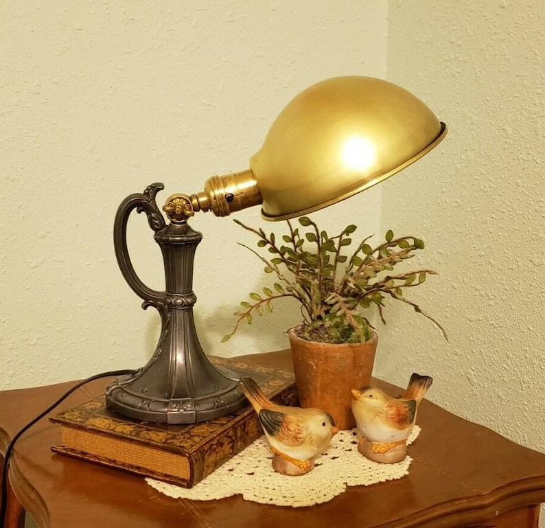1920's Vintage Lightolier Table or Desk Lamp