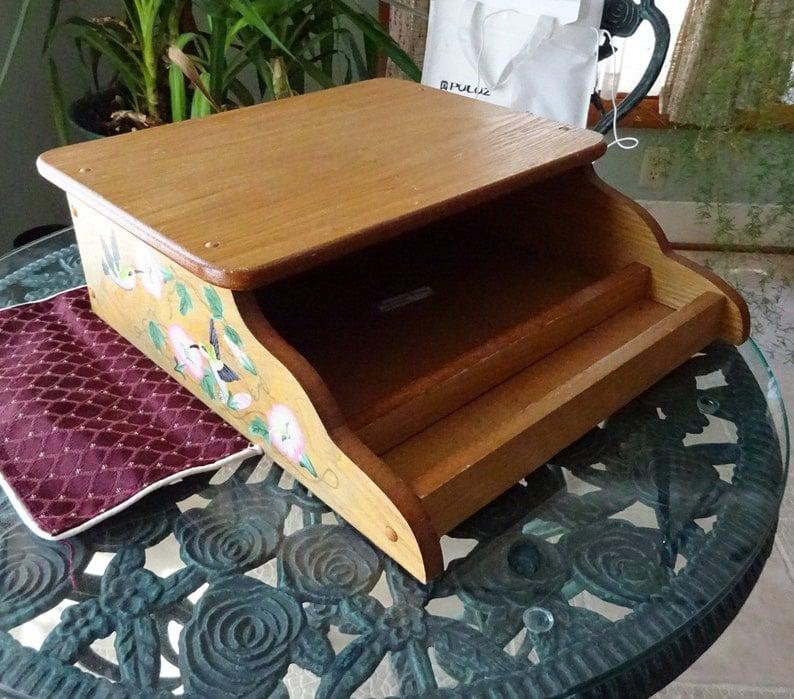 Hummingbird Lap Desk