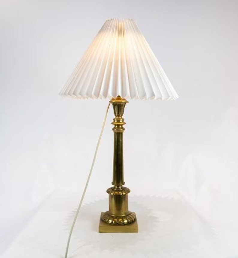 Tall table lamp in brass from the 1920s