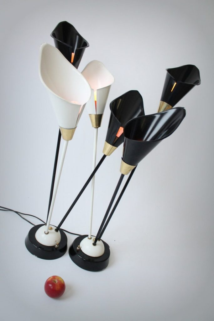 The 1950s 2 TABLE LAMP Calla Lilies